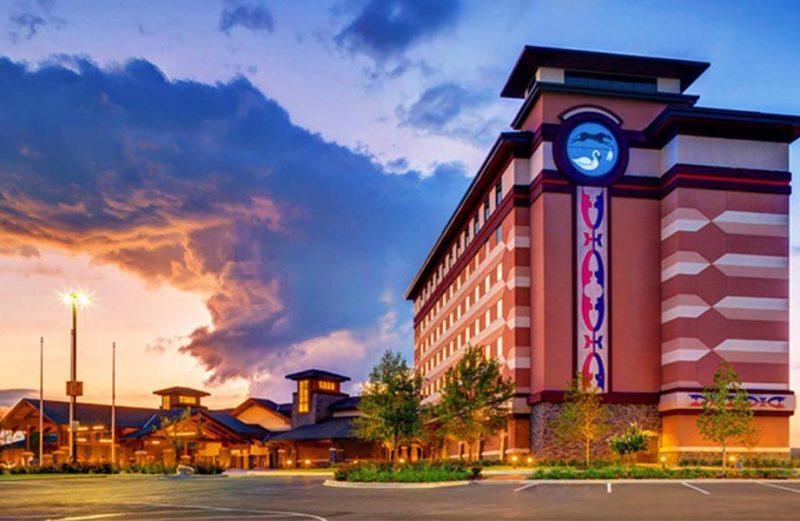 แนะนำที่พัก Indigo Sky Casino & Hotel