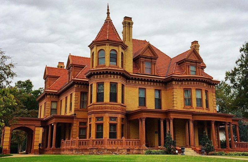 แนะนำสถานที่ท่องเที่ยว Overholser Mansion มรดกของประวัติศาสตร์